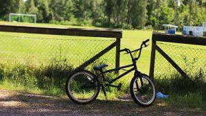 Åvallen2_cykel_barn_Trekanten